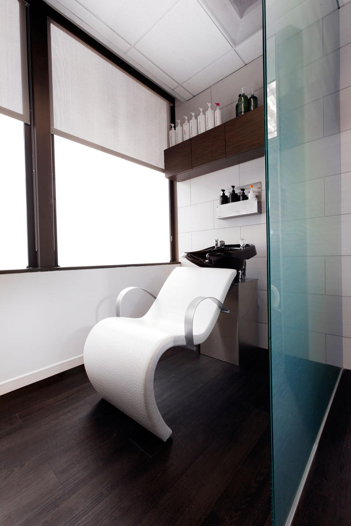 White-Shampoo-Chair-2017